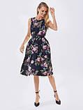 Принтованное платье без рукавов в цветочном принте черное, фото 5