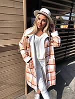 Женское стильное пальто в клетку на пуговицах