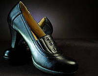 Стильные женские туфли