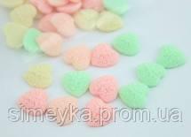 Кабашон сердечко резной в цветочек, цвет нежно-розовый, 12*12 мм