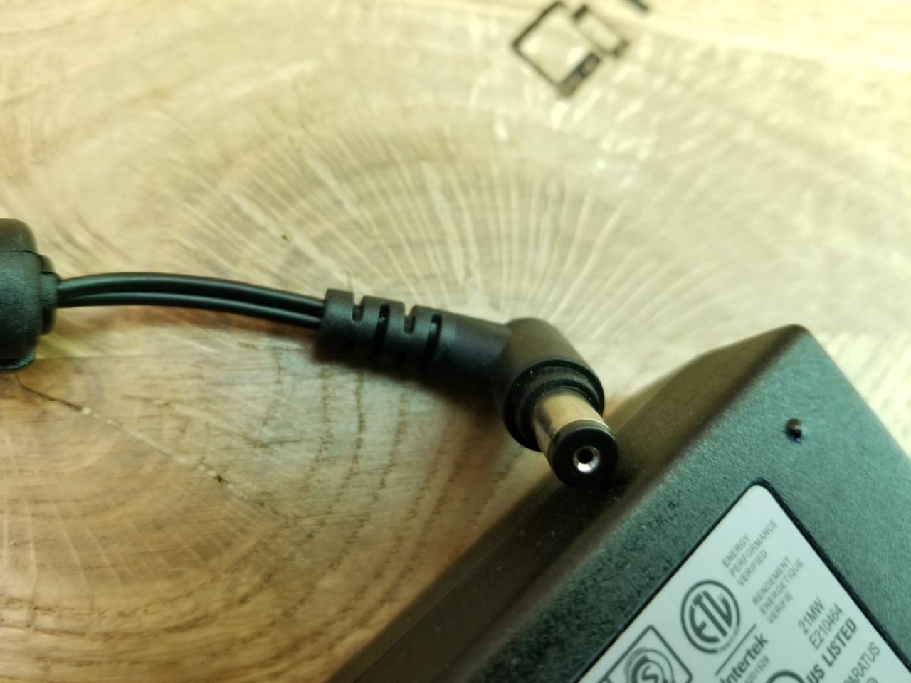 Блок живлення для ноутбука LG 50W 25V 2.0A 6.3*1.7mm (DA-50F25) ОРИГІНАЛ