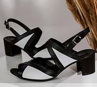 Кожаная обувь женская