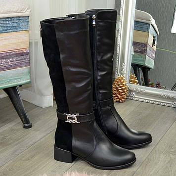 Женские черные сапоги на невысоком каблуке, из натуральной кожи и замши