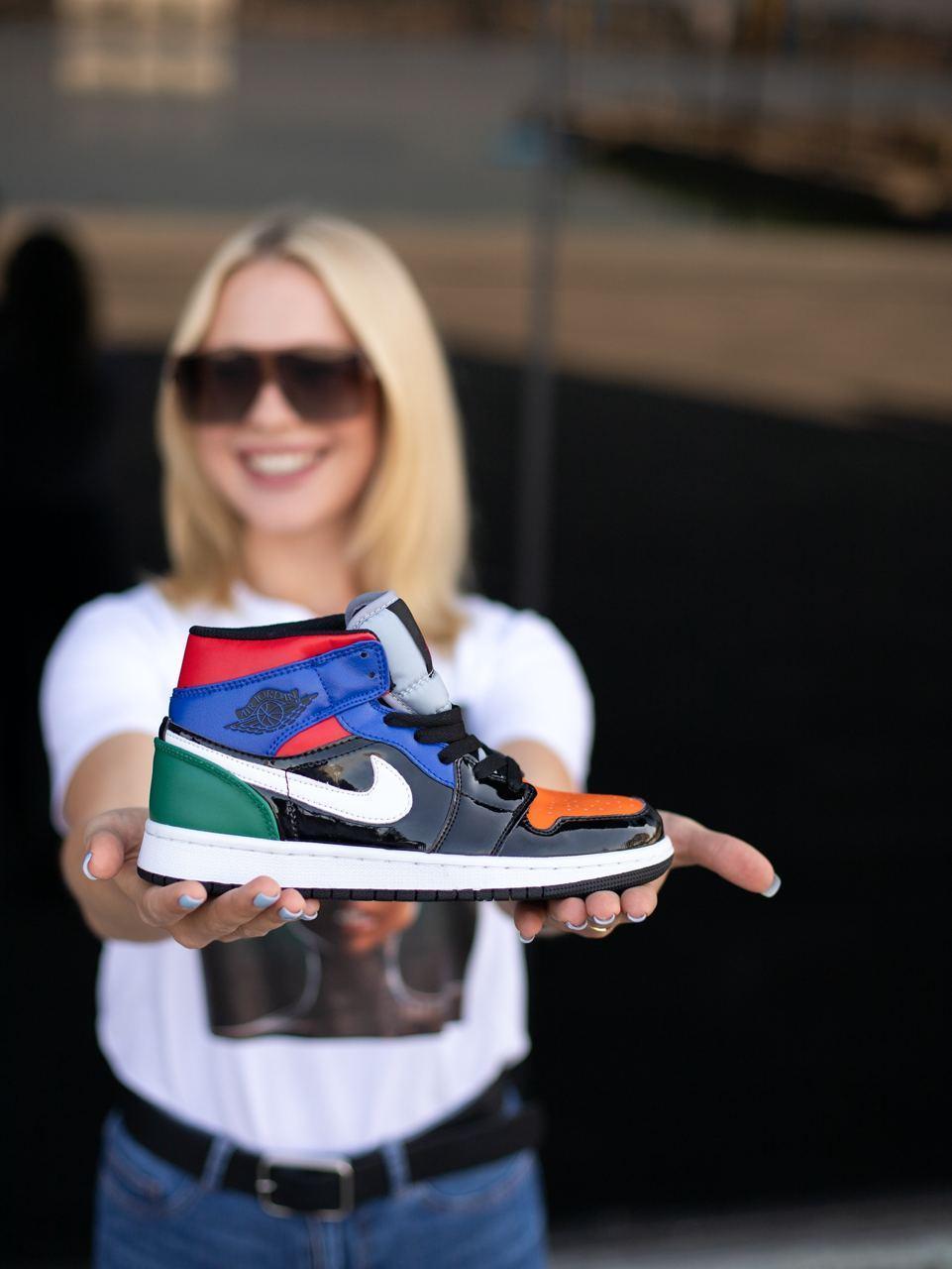 Кроссовки женские Air Jordan Retro 1 Multicolor