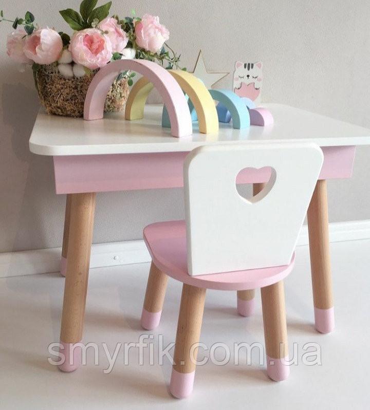 Прямоугольный стол с пеналом и 1 стул с сердечком