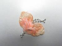 Цветок персиковый с листиками и бусинками