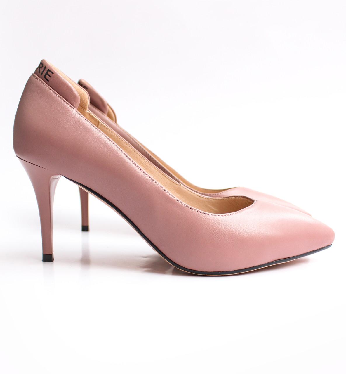 Женские кожаные туфли пудровые