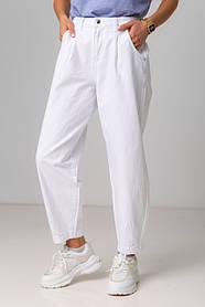 Модные белые джинсы-бананы с высокой посадкой в размерах: S, M, L, XL