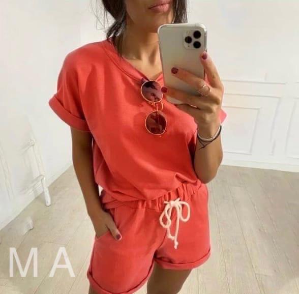 Стильний жіночий спортивний прогулянковий костюм-двійка з шортиками (Норма і батал)
