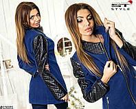 Женское пальто со вставками на рукавах из эко-кожи