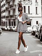 Стильный костюм женский с шортами