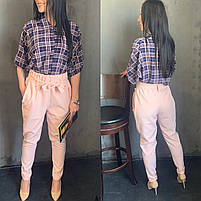 Жіночий брючний костюм з брюками і блузкою в кольорах (Норма), фото 3