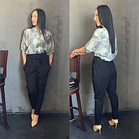Жіночий брючний костюм з брюками і блузкою в кольорах (Норма), фото 4