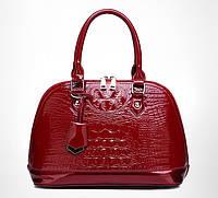 Модная лаковая женская красная сумка под рептилию, сумочка вместительная эко кожа через плечо