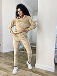 Жіночий стильний велюровий спортивний костюм з капюшоном (Норма і батал), фото 7