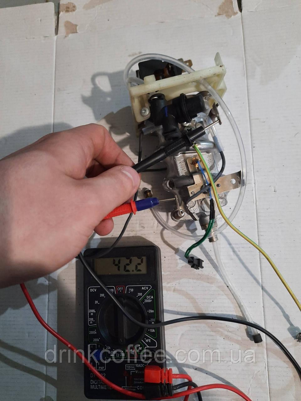 Термоблок кручений 230В/1200 Вт Е-серія для кавоварки AEG CaFamosa CF80 Typ 784 PNC 900081133 б/у