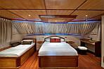 МАЛЬДИВЫ: отдых на яхте M.Y. ANASTASIA по специальным ценам посуточно!, фото 2