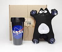 """Подарок мужчине в авто """"Ты просто космос"""": кот Саймон (черный) в машину на стекло и стакан NASA в дорогу"""