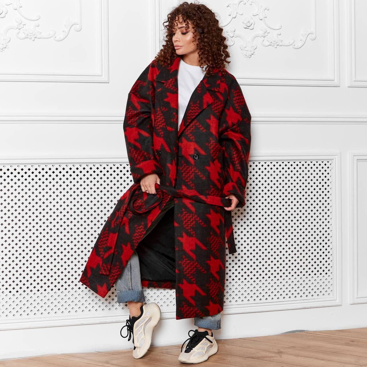 Женское пальто Красное
