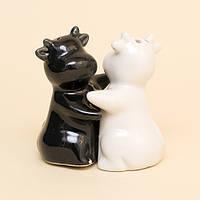 Набор Для Специй / Солонка и перечница из керамики. Бурёнки / Черная и Белая 7x7x4 см