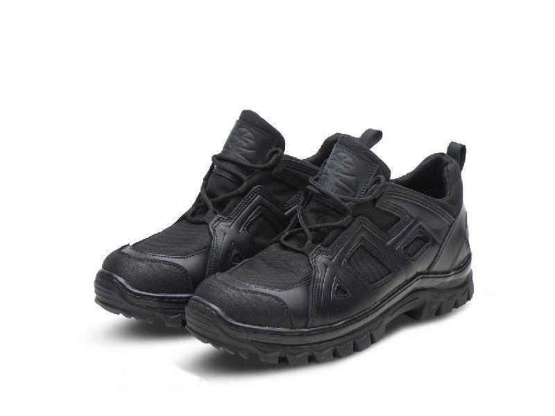 Тактичні кросівки чорні 402