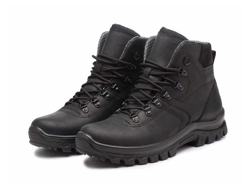 Жіночі трекінгові черевики чорні 260