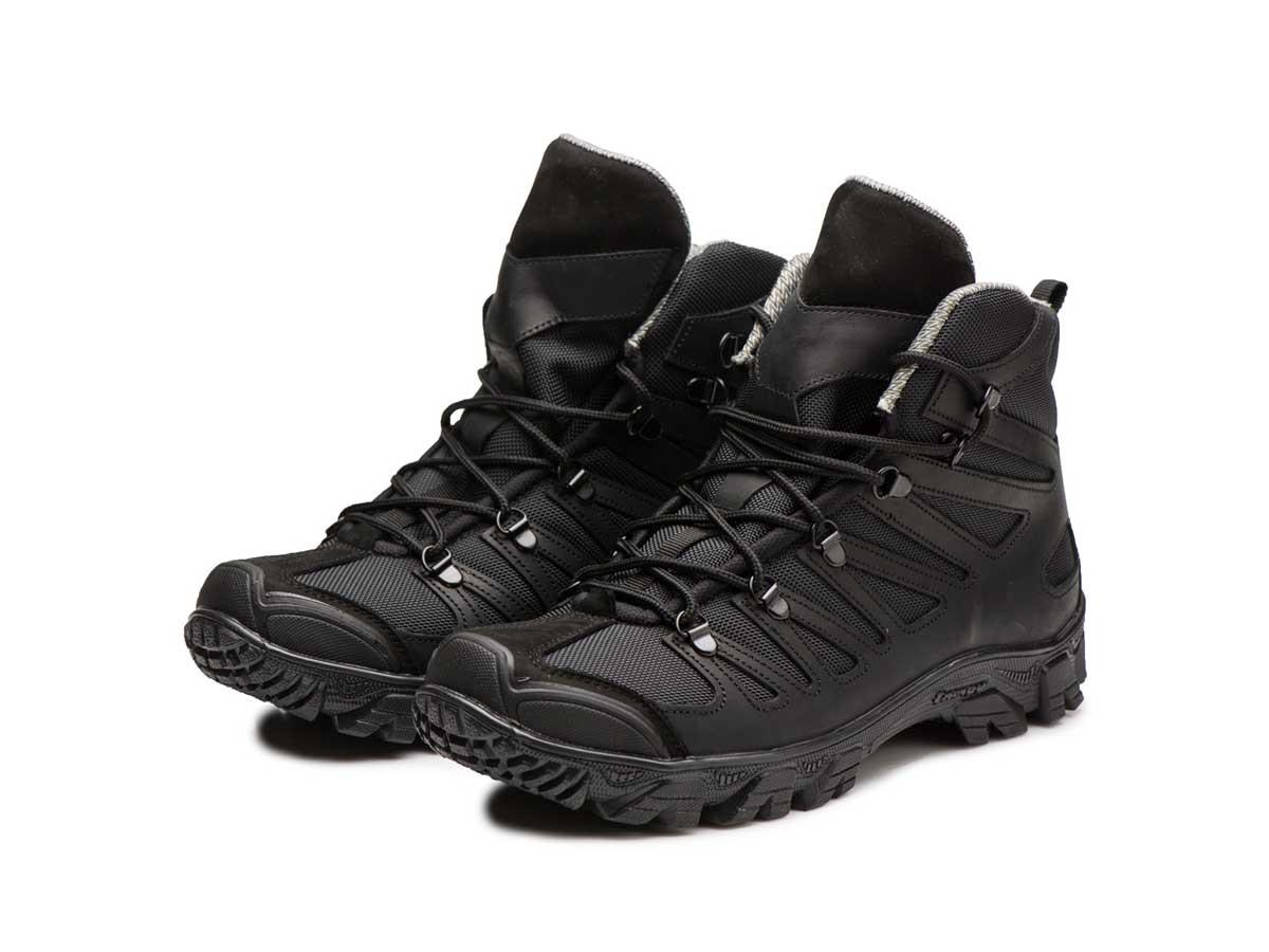 Трекінгові черевики чорні 250