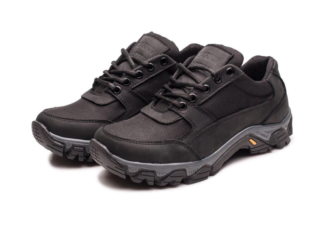 Жіночі тактичні кросівки чорні -117