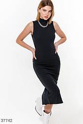 Облегающее платье миди без рукавов черное