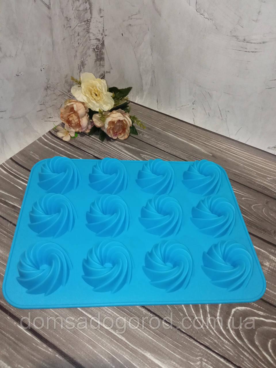Форма силиконовая для кексов на 12 ячеек