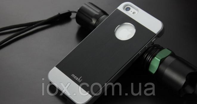 """Чехол черный """"Moshi"""" для Iphone 5/5S"""
