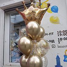 Композиція з короною  в золотих відтінках