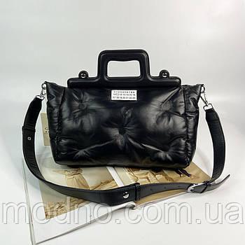Женская сумка подушка на и через плечо с широким ремешком черная