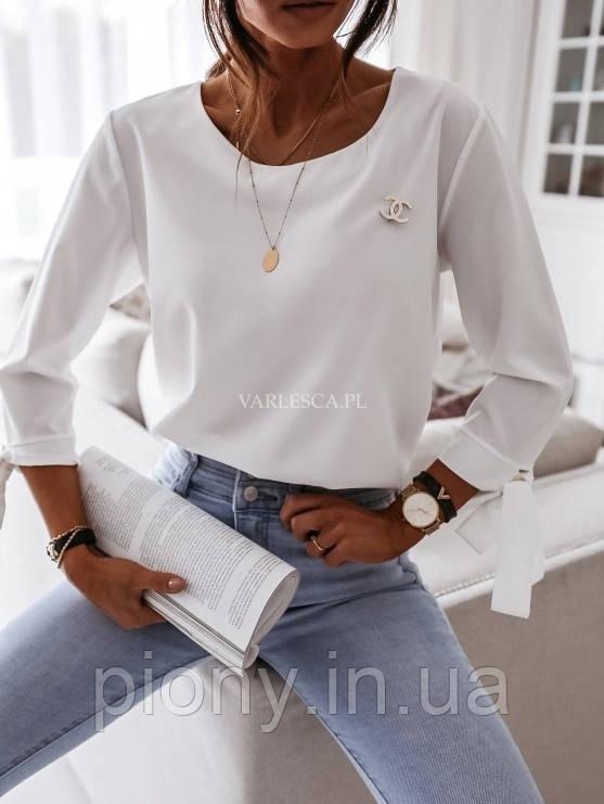 Женская Блузка с брошью