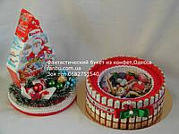 """Новогодний торт -шкатулка из киндер шоколадок с домиком""""Привет от Санты"""" (средний)"""