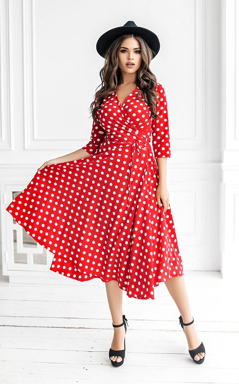 Довгі жіночі літні сукні на запах червоні в горох тренд 2021