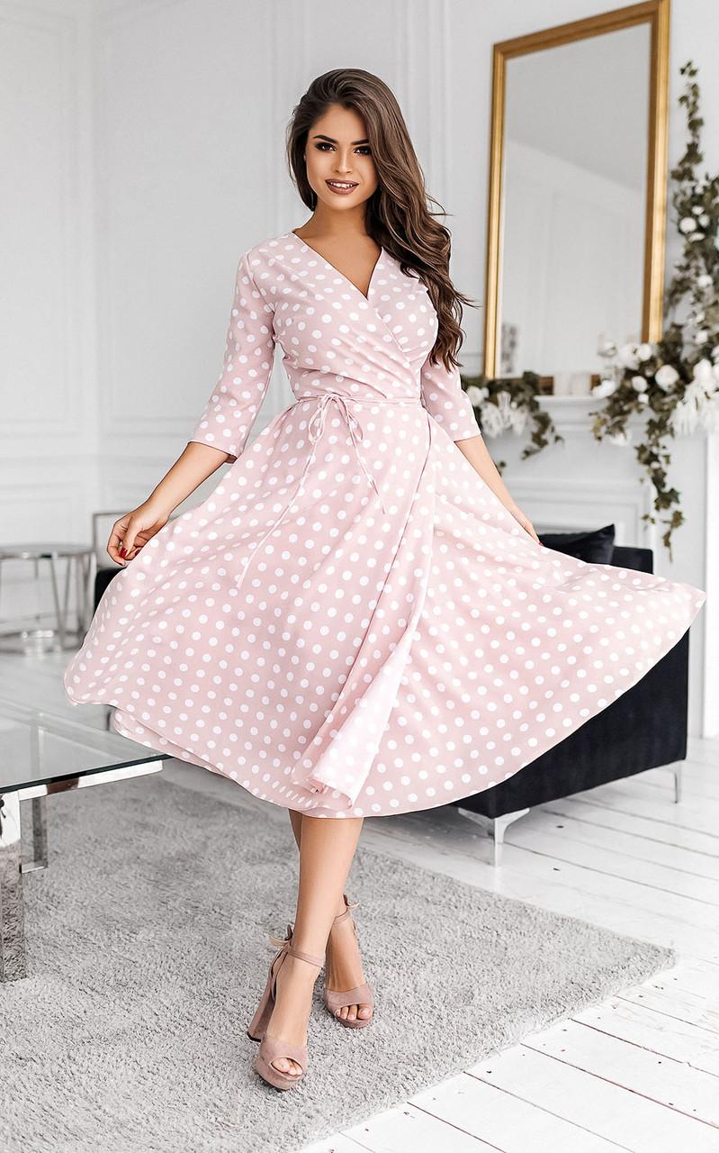 Довгі жіночі літні сукні на запах рожеві в горох тренд 2021
