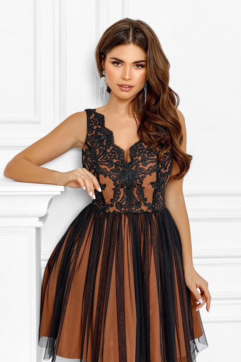 Красивое короткое платье на выпускной 42,44,46 размер