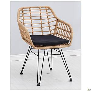 Плетенное крісло Tulum пластик-ротанг латте з м'якою подушечкою під сидіння для дому для кафе