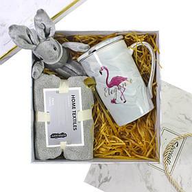 Сувенірний подарунковий набір Lesko C4 чашка + рушник + ложка + іграшка КОД: 6645-22530