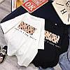 Жіноча стильна футболка з яскравим малюнком