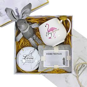 Сувенірний подарунковий набір Lesko C5 чашка + рушник + ложка + іграшка + металева коробочка КОД:
