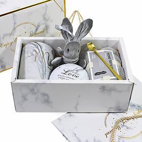 Сувенірний подарунковий набір Lesko A10 чашка + рушник + ложка + іграшка + металева коробочка КОД: