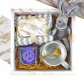 Сувенірний подарунковий набір Lesko F11 чашка + рушник + ложка + іграшка + мило КОД: 6644-22532