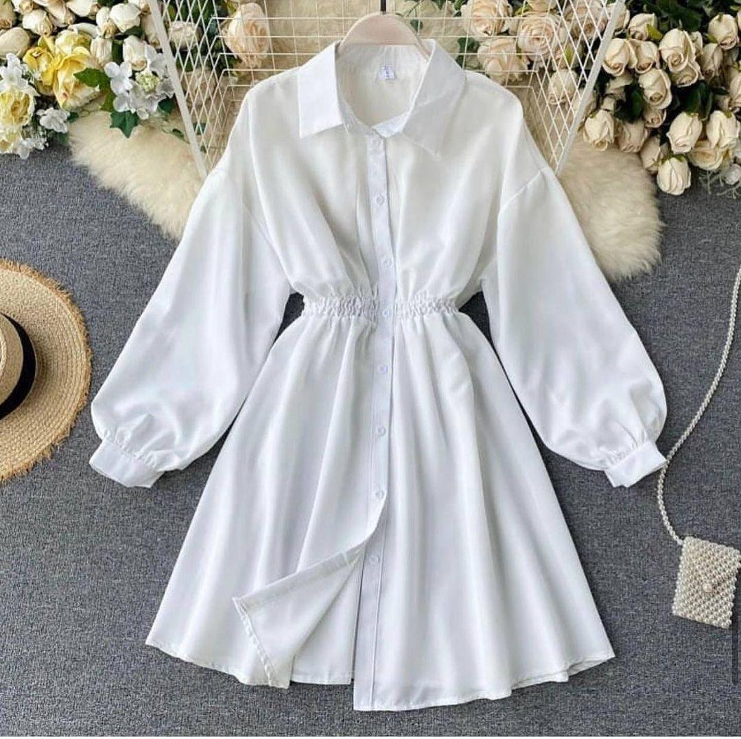 Женское платье-рубашка расклешенное мини