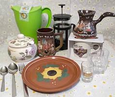 Чашки, чайники, посуда, заварники