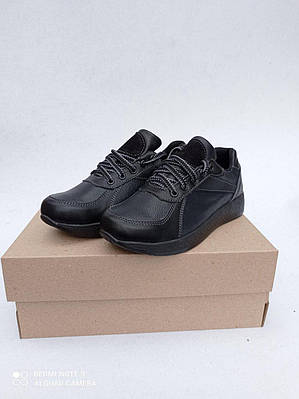 Кросівки жіночі чорні NEHILO Ultra Beauty 40