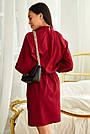 Короткое платье винного цвета с воротником стойка и рукавом реглан повседневное, фото 4