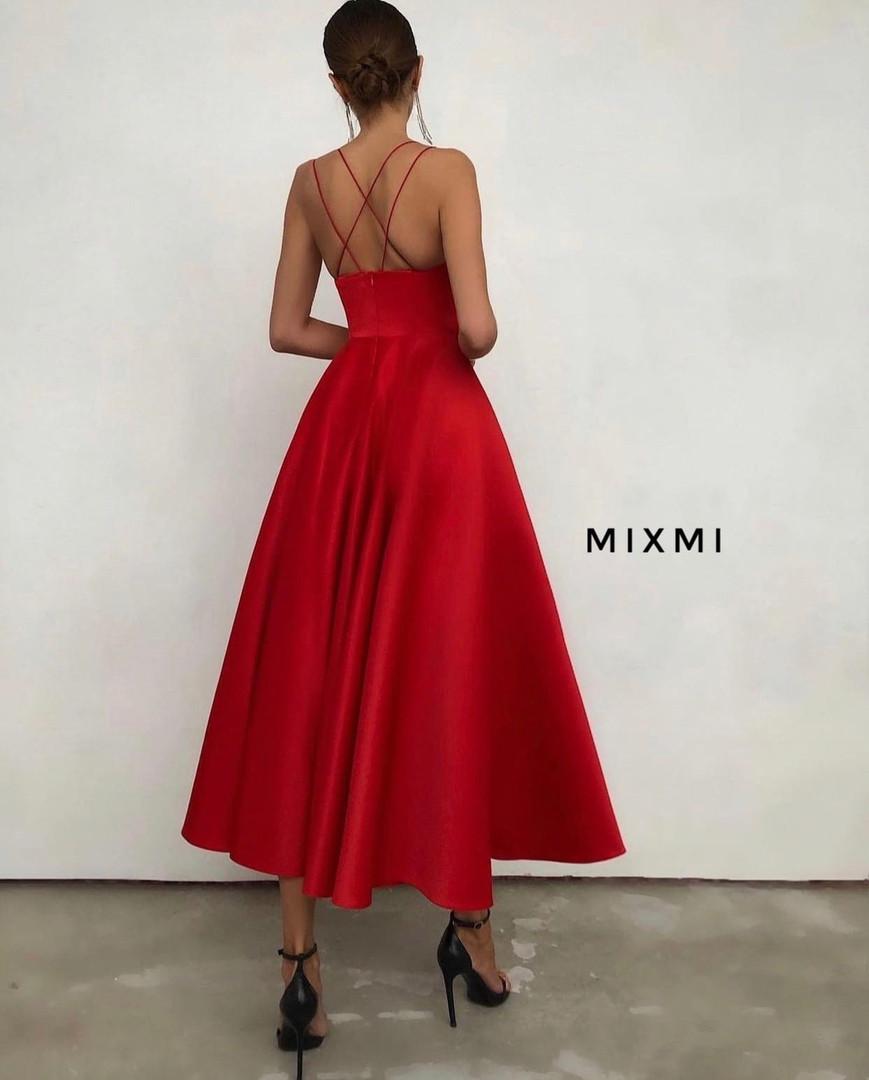 Женское платье, турецкая костюмка, р-р 42-44; 44-46 (красный)