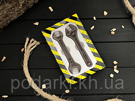 Шоколадные ключи мужчине на 14 октября